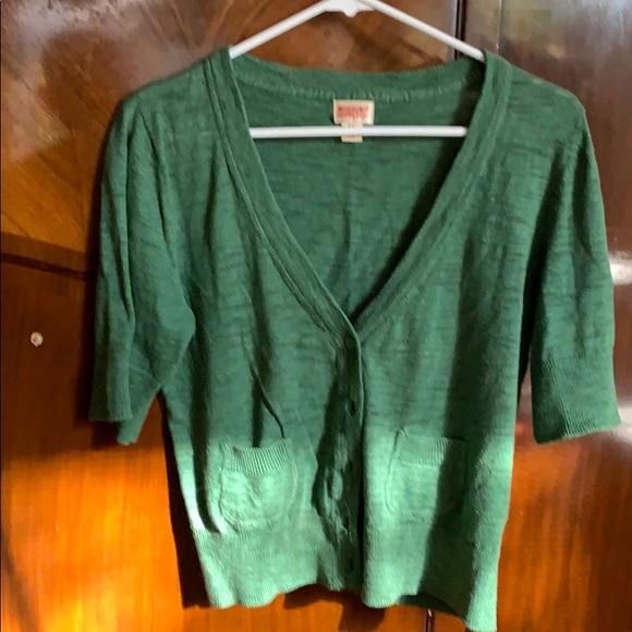 Short sleeve lightweight sweater